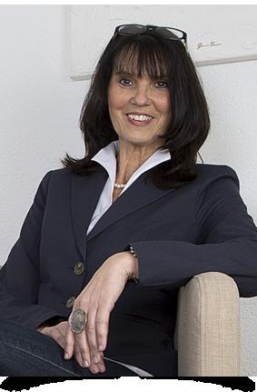 CLAUDIA ECKHARDT